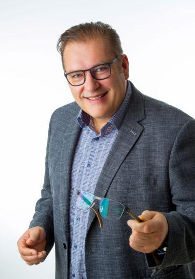 Kurt Moldaschl Optiker Hörgeräteakustiker Kontaktlinsenoptiker